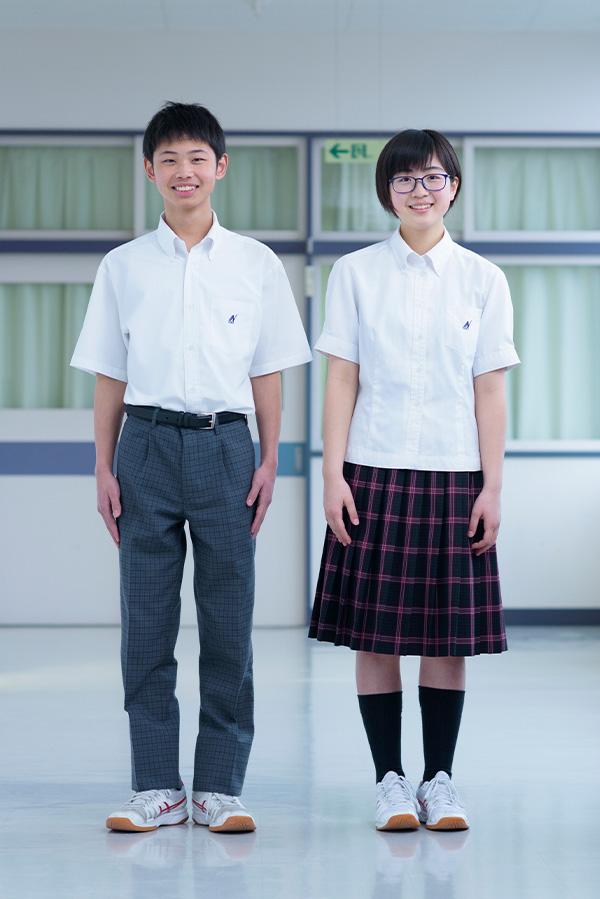 中学校制服(夏服)